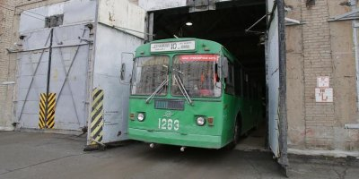 Водитель троллейбуса захотел подшутить над коллегой и случайно убил ее