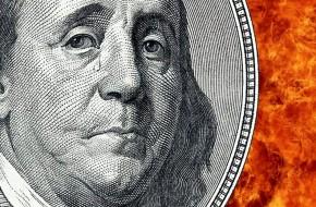 Тотальная распродажа: инвесторы избавляются от акций и госдолга США - «Новости Дня»