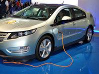 Эксперты предложили разрешить владельцам электромобилей бесплатно ездить по платным дорогам в России - «Автоновости»