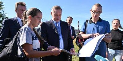 Беглов пообещал жителям благоустроить заброшенный парк Авиаторов