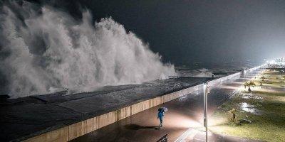 Ливни, подъем уровня рек, смерчи: в Сочи готовятся к эвакуации жителей в случае удара стихии