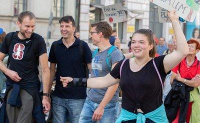 Немцы мечтают избавиться от белых мужчин-гетеросексуалов - «Мир»