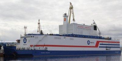Первая в мире плавучая АЭС вышла в Баренцево море