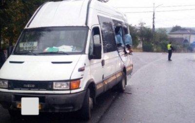 В Ивано-Франковской области маршрутка столкнулась с фурой - (видео)