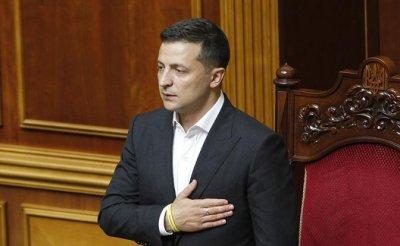 Зеленский грозит разгромить прокремлевскую оппозицию - «Политика»