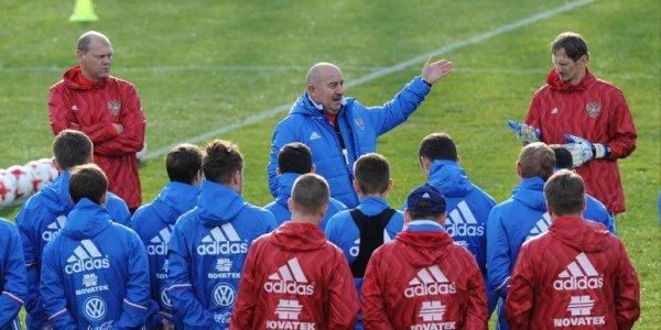 Обнародованы размеры штрафов футболистов сборной РФ за аморальное поведение и неподчинение тренеру