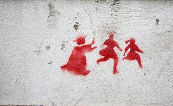 Священники 30 лет насиловали детей, запугивая паству - «Происшествия»