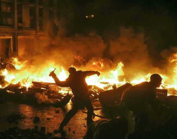 Украинский политолог предрек Зеленскому «кровавый майдан» - «Новороссия»