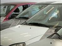 NEWSru.com | Продажи машин в России в октябре упали на 5,2%. Рынок сокращается шестой месяц подряд - «Автоновости»
