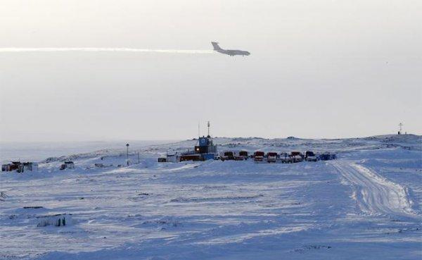 Арктический залёт: Аэродромы в Северном Ледовитом океане обнулили оборону США - «Военные действия»