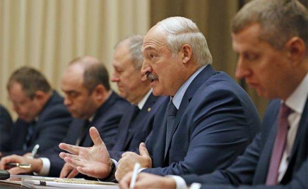 В Сочи белорусский президент ушел от Путина по-английски - «Политика»