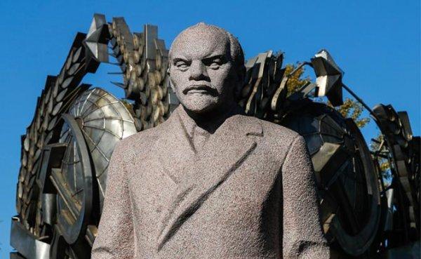За весь раздрай в стране Путин перевел стрелки на Ленина - «Политика»