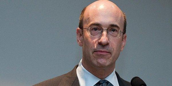 Бывший главный экономист МВФ на Гайдаровском форуме заявил о зависимости ЦБ РФ