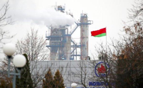 Коварный Кремль под видом дружбы выкручивает руки Лукашенко - «Экономика»