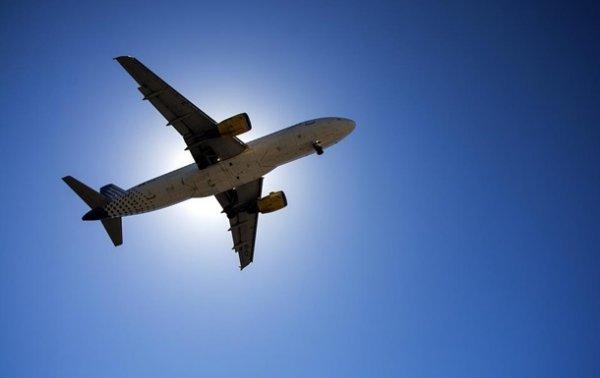 Пассажирский Boeing экстренно сел в Румынии - (видео)