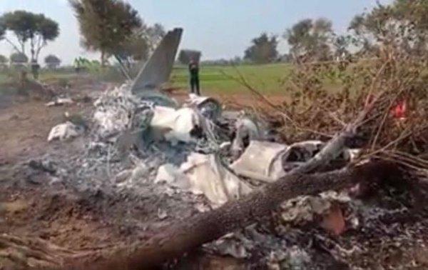 В Пакистане разбился истребитель с двумя пилотами - (видео)
